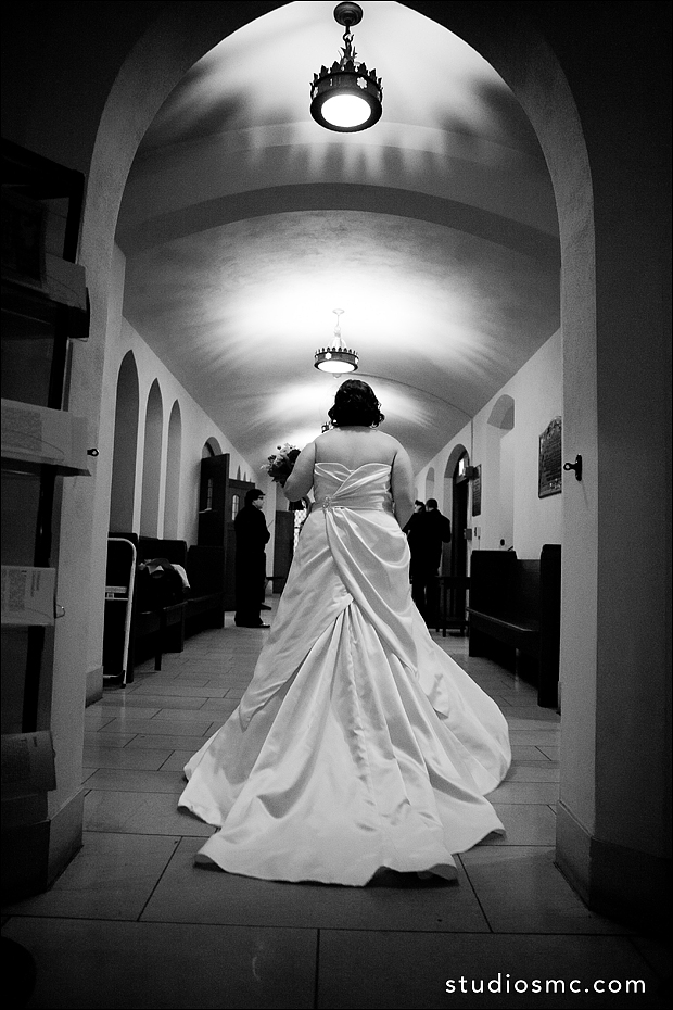 Bride entering the chapel for her wedding