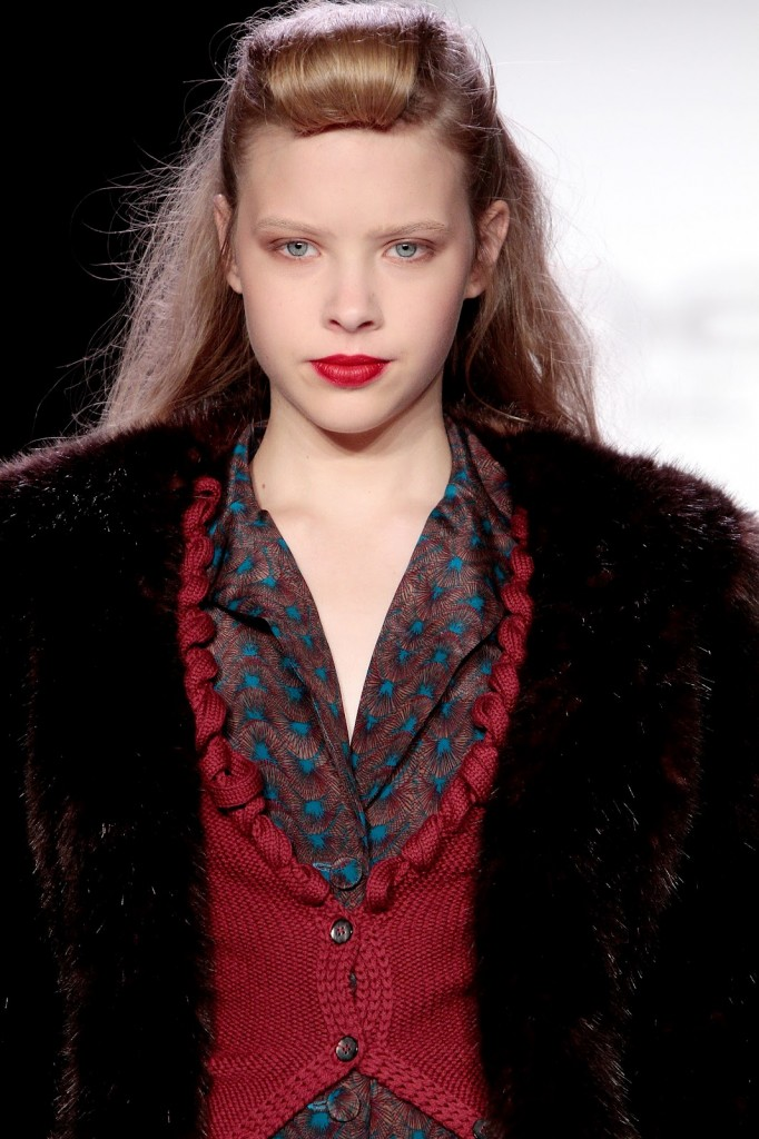 Bebe Black Fall 2012 New York Fashion Week runway makeup trends red lips
