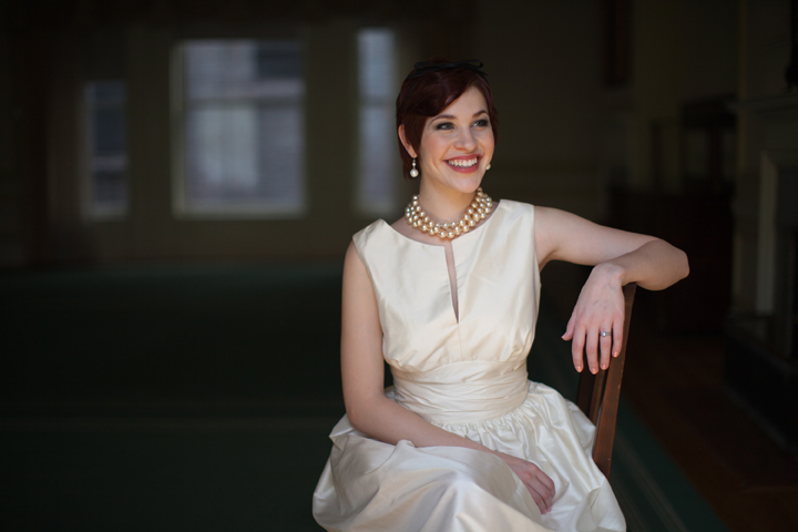 Elegant bride wearing pearls