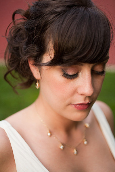 vintage-inspired bridal makeup, hair and jewelry