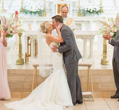 Ela's wedding at the Log Cabin in Holyoke, MA
